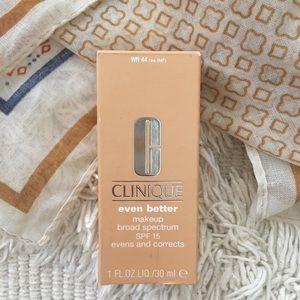 Clinique Liquid Foundation